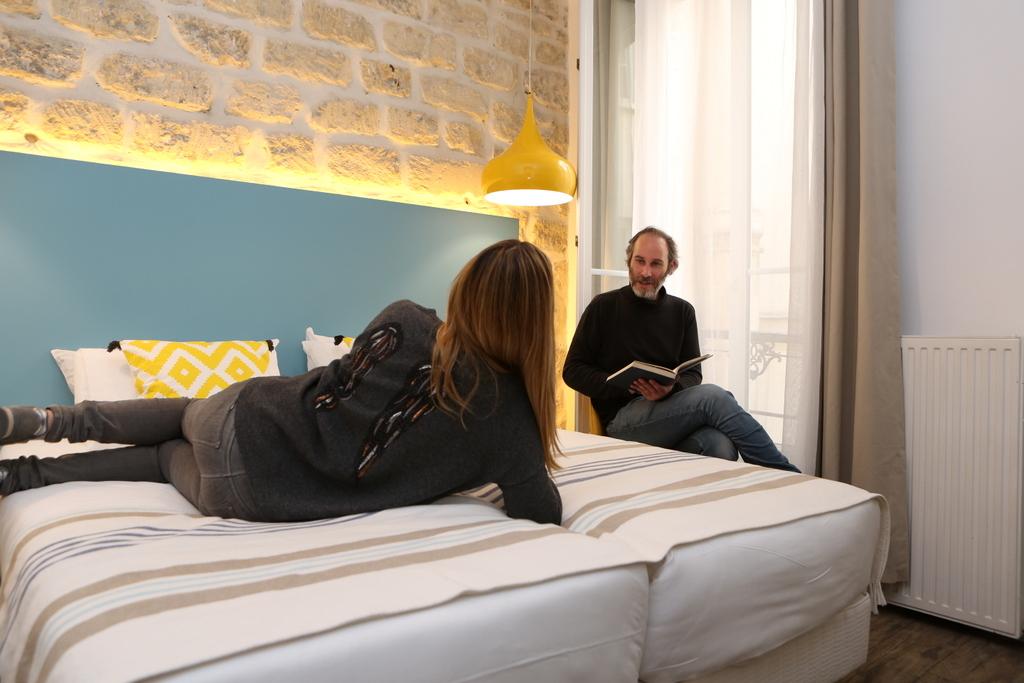 Chambre Lits Jumeaux (salle de bain privée)_24 - Le Regent Montmartre