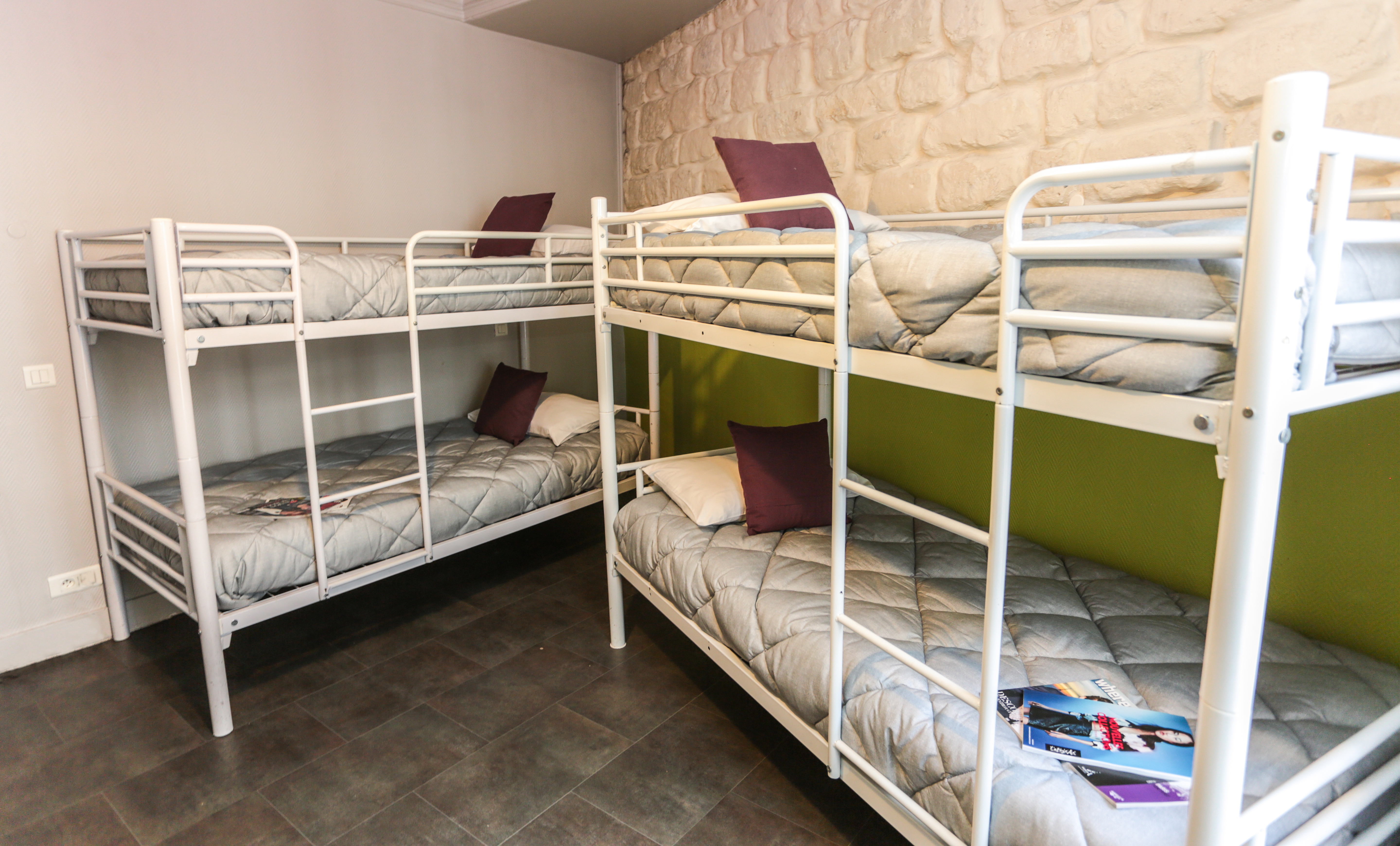 Bed in 4 bed Female Dormitory Room Le Regent Montmartre