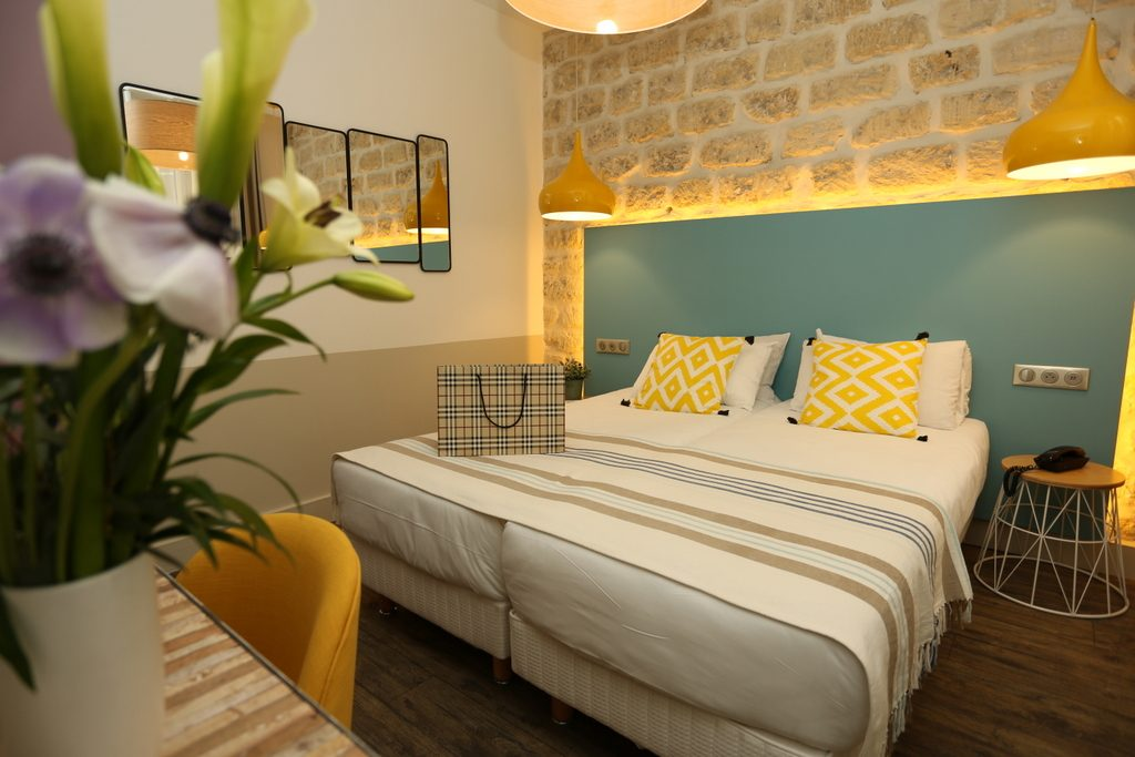 Twin Room Privilege (private bathroom) - Le Regent Montmartre